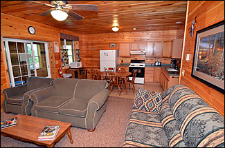 Hayward Wisconsin Resort Cabin Rentals